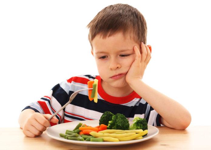 Bambino non mangia le verdure