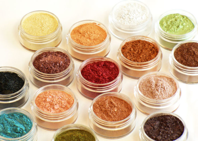 Make up organico minerale naturale
