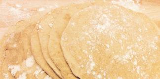 Come preparare il pane azzimo senza lievito