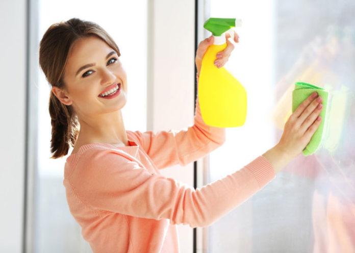 Pulire i vetri con prodotti naturali