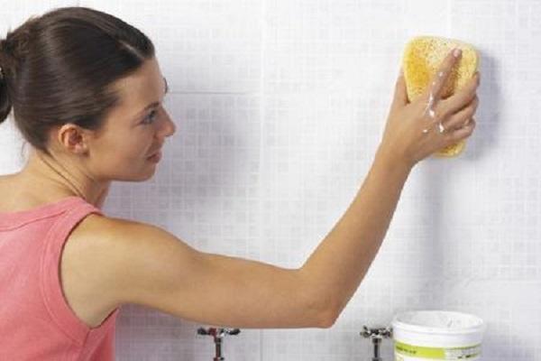 Pulire il bagno con prodotti naturali