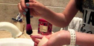 Come pulire i pennelli da trucco