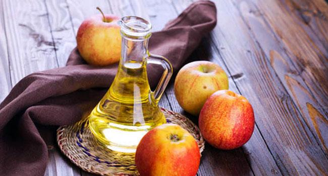 Aceto di mele, potente rimedio naturale