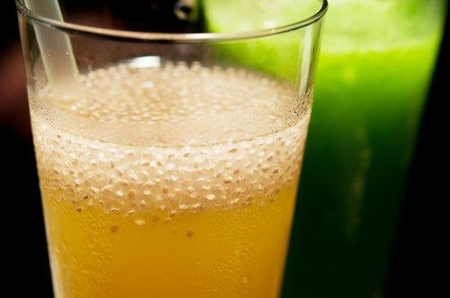bevanda semi di chia e limone