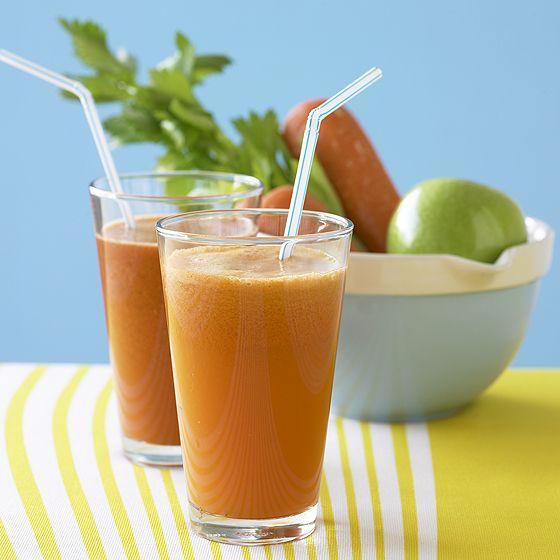 Drink detox di frutta, spezie e alga spirulina