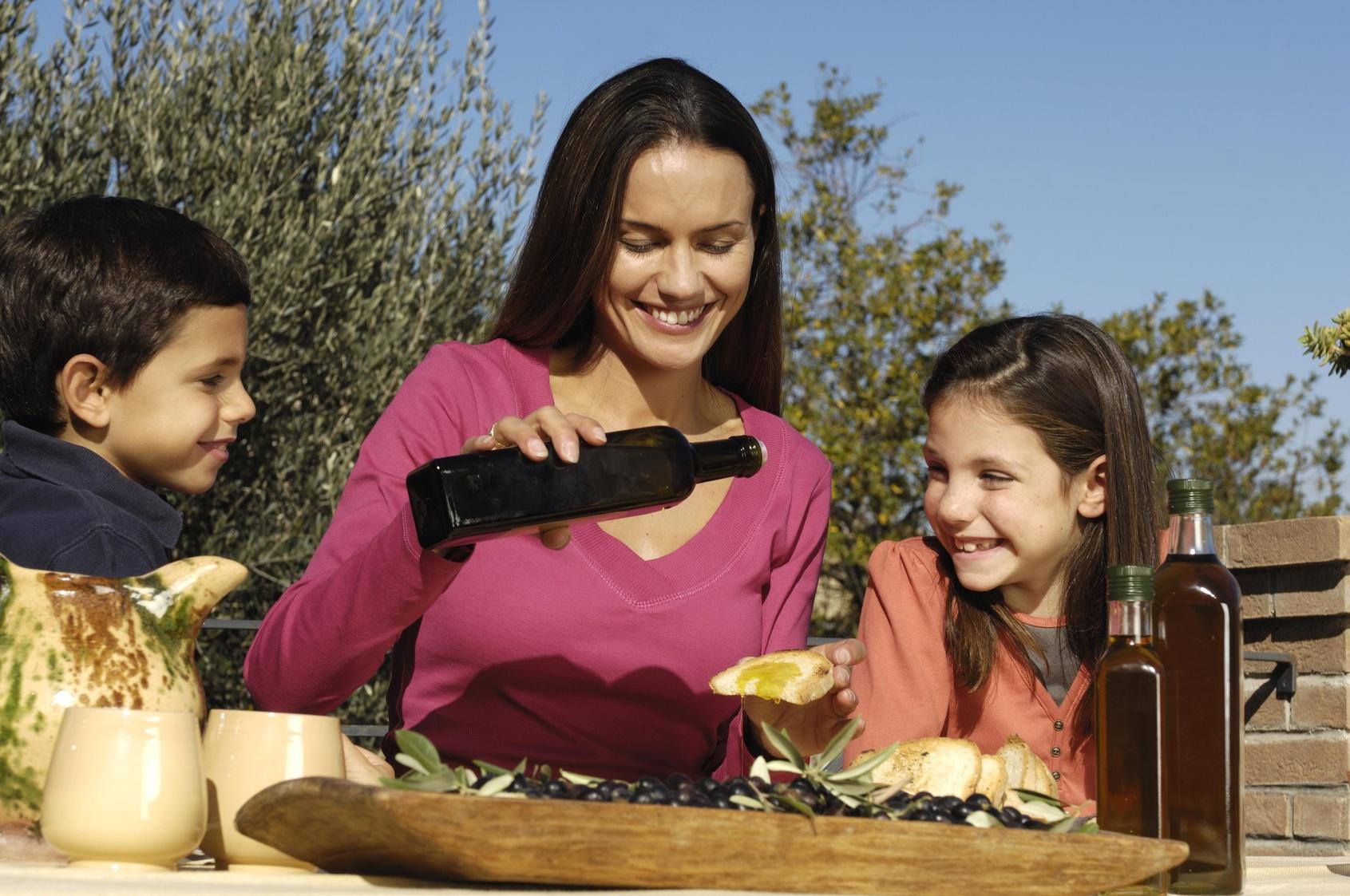 Pane e Olio, una merenda sana per i bambini