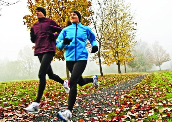 Correre in inverno con freddo e pioggia