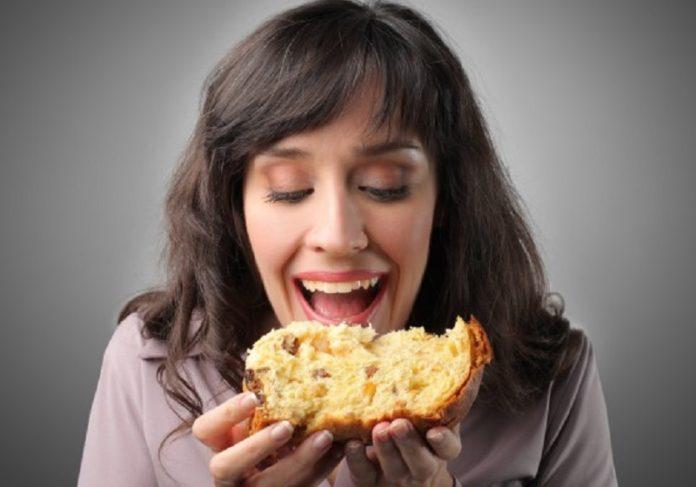 Feta di panettone contiene tante calorie