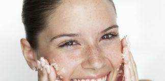 Scrub viso naturale fai da te