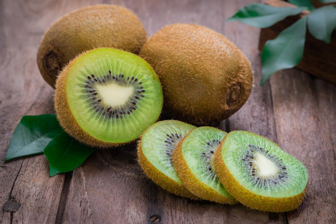 Kiwi, vitamina C e ottimi contro la parodontite