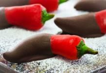 Seduzione a tavola: ecco i migliori ingredienti afrodisiaci