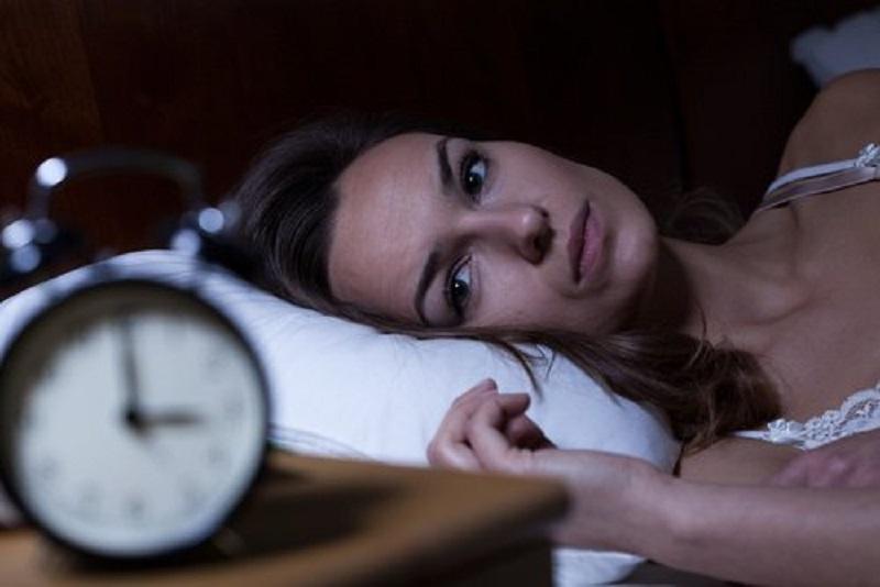 problemi di sonno con il ritorno all'ora solare