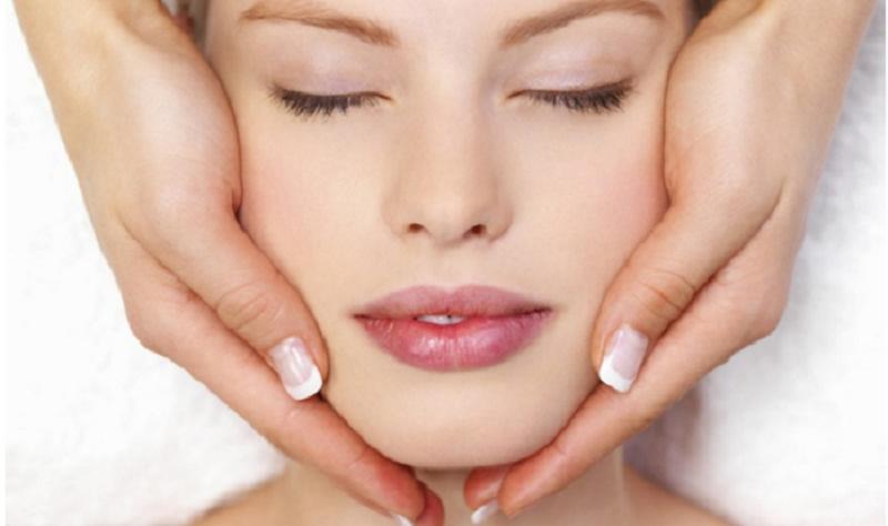 massaggio viso fai da te