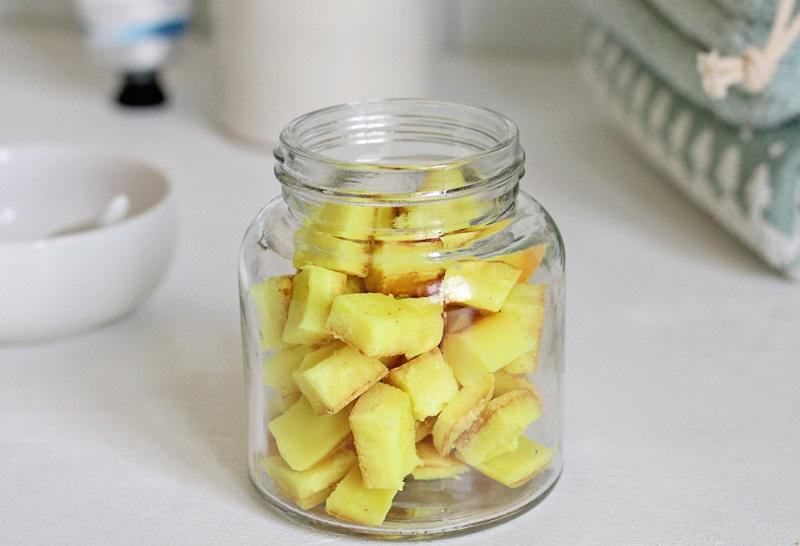 perle di collutorio fai da te curcuma, limone e cocco