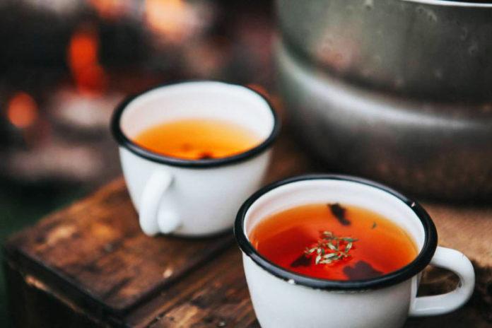 Sostituire il caffè (e la caffeina) con 5 alternative più sane
