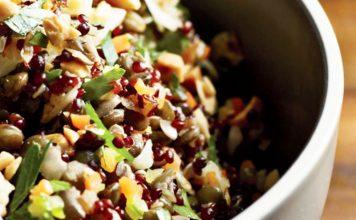 Insalata super-proteica con quinoa e lenticchie