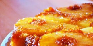 Torta all'ananas rovesciata (senza burro e senza uova)