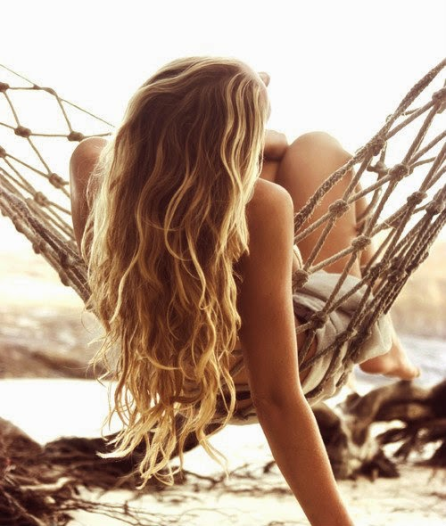 capelli mossi in estate