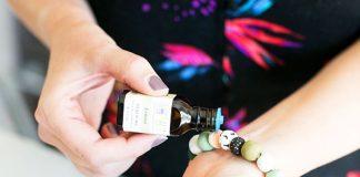 Braccialetto anti-zanzare fai da te agli oli essenziali
