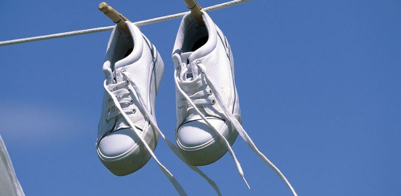 scarpe sneakers bianche