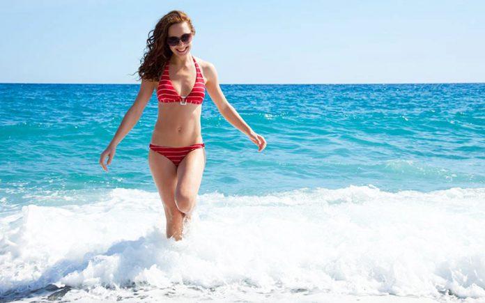 Assorbente interno in estate: come utilizzarlo e alcune controindicazioni
