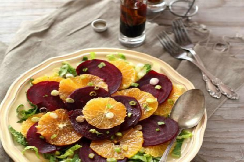 barbabietola rossa e agrumi, ferro e vitamina c