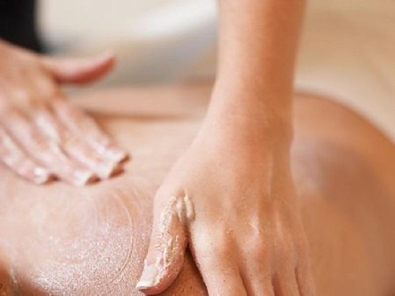 massaggio pe ril torcicollo