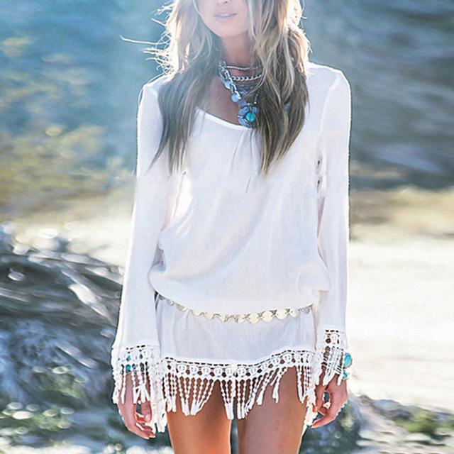 vestito bianco su pelle abbronzata