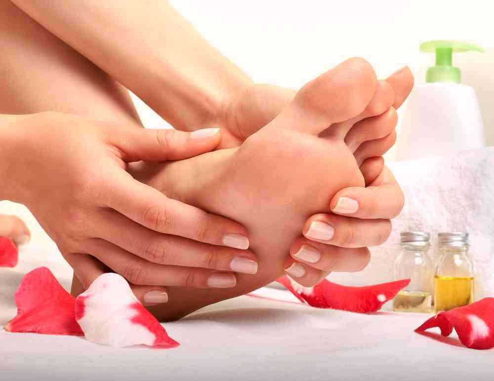 auto-massaggio del piede