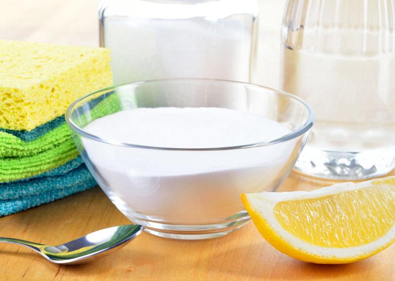 Pulire la cucina con prodotti naturali e senza fare uso di candeggina benessere - Pulire la cucina ...