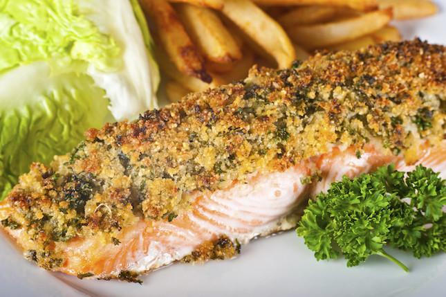 salmone con panatura di quinoa