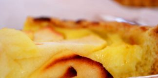 Torta di mele: ricetta della nonna (anche con versione vegan)