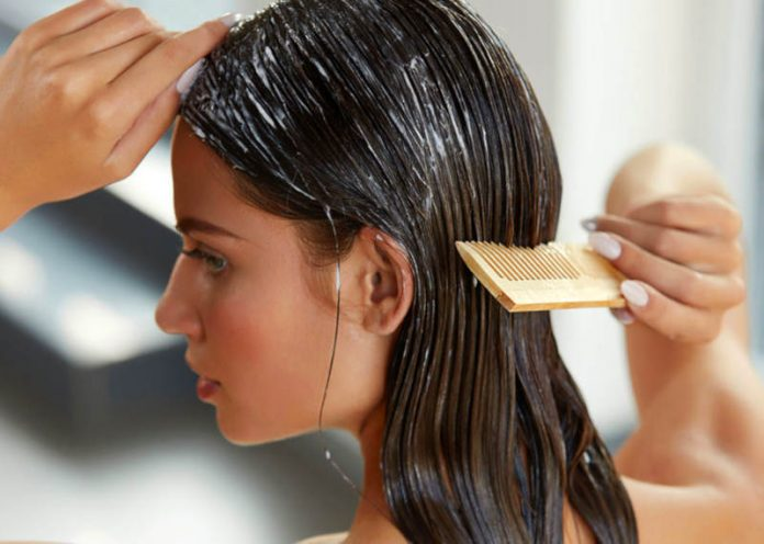 Tingere i capelli