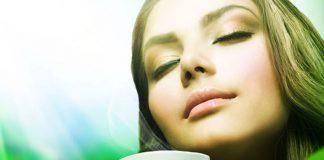 8 tisane rilassanti contro stress, ansia e malumore