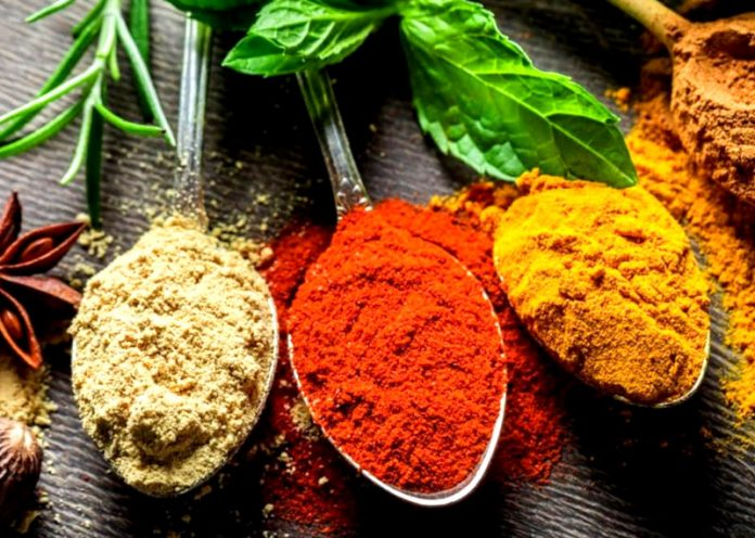 8 spezie importantissime per la salute da usare in inverno