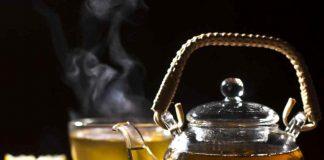 5 bevande calde (non alcoliche) per rilassarci e velocizzare il metabolismo