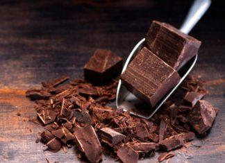 Cioccolato fondente per ridurre infiammazioni intestinali e rafforzare le difese