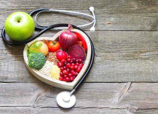 Colesterolo alto: cause, alimentazione idonea e rimedi naturali