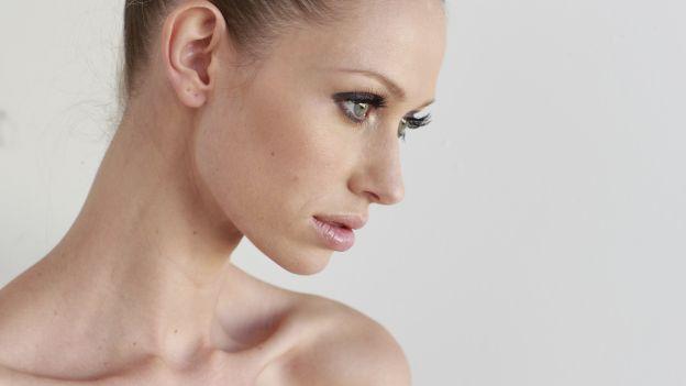 prendersi cura della pelle del collo