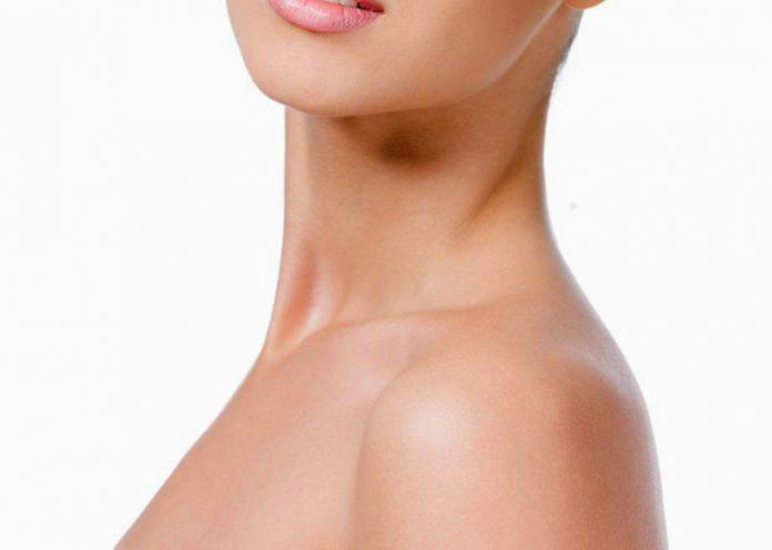 Rimedi naturali per una pelle del collo tonica e seducente