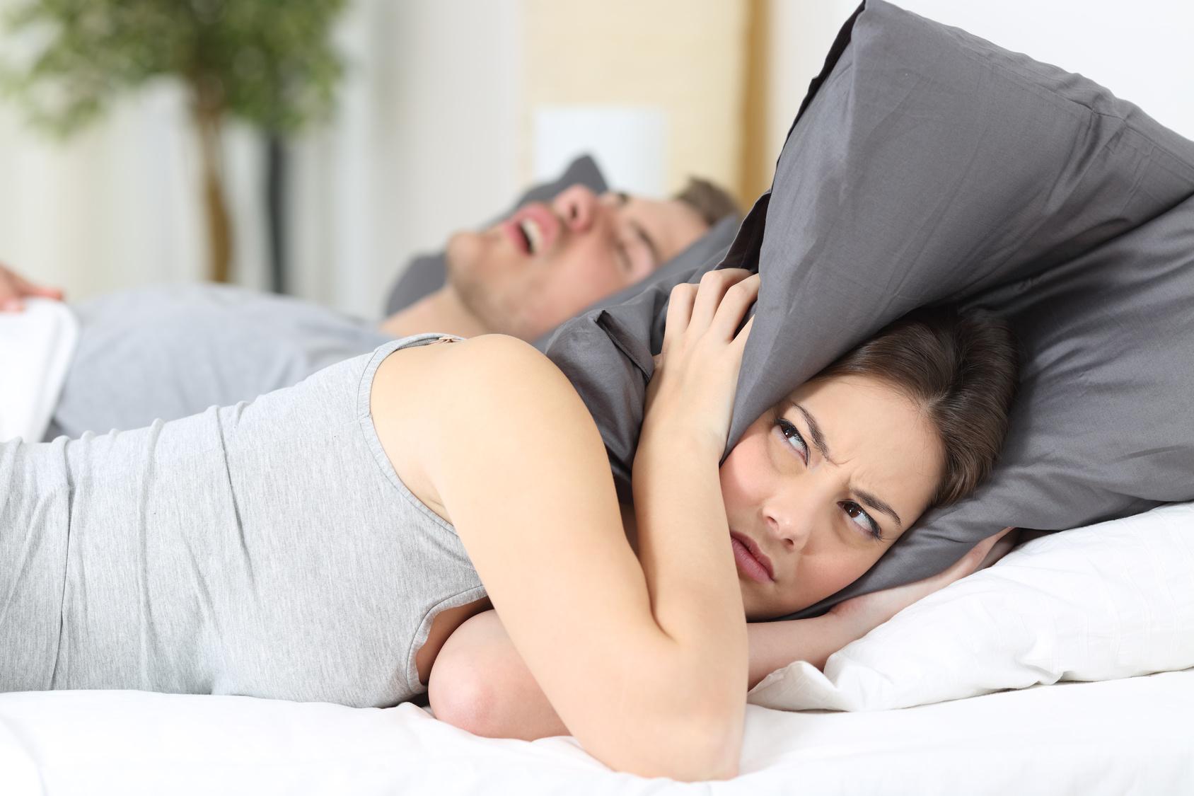 sonno disturbato da apnee notturne