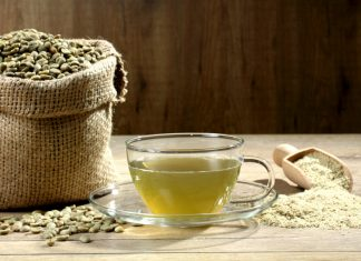 Caffè verde per dimagrire: come e quando berlo per una pancia piatta
