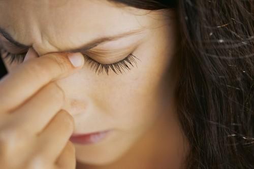 mal di testa forti e cronici possibile indizio di tumore al cervello
