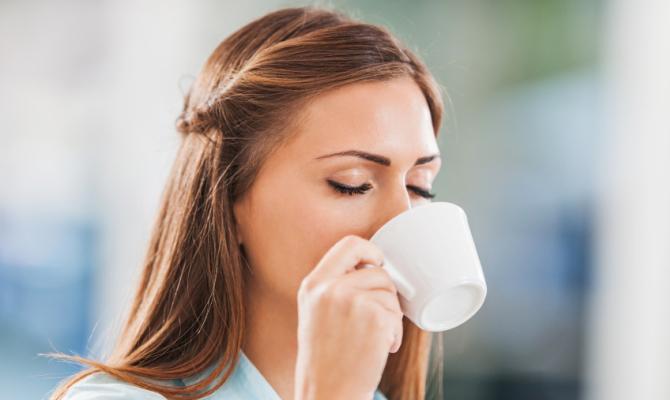 bere una tazzina di caffè fa passare il mal di testa