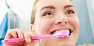 Giovani e cattiva igiene orale