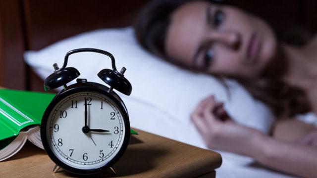 Insonnia e disturbi del sonno: ecco i migliori rimedi naturali