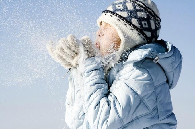 Camminare fuori anche in inverno migliora il ritmo sonno / veglia