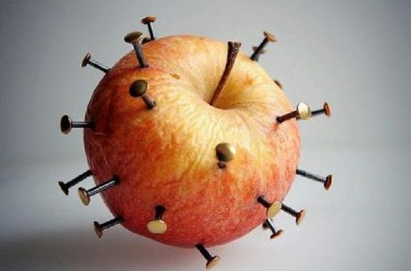 mela chiodata in caso di carenza di ferro (anemia)
