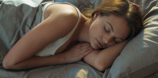 Dormire al freddo fa bene al metabolismo e mantiene in forma