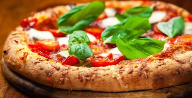 pizza made in italy